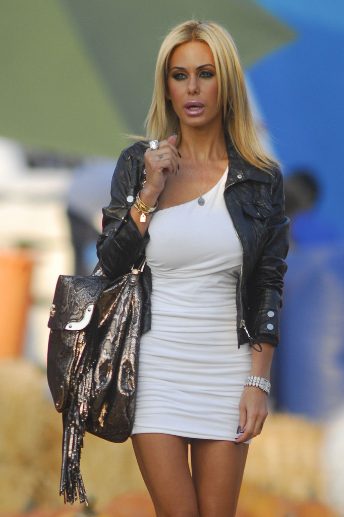Shauna Sand Leather Jacket Shauna Sand Looks Stylebistro