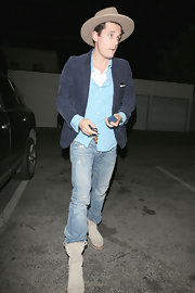 As many rockers do, John Mayer sported a pair of distressed denim jeans while out in Hollywood.