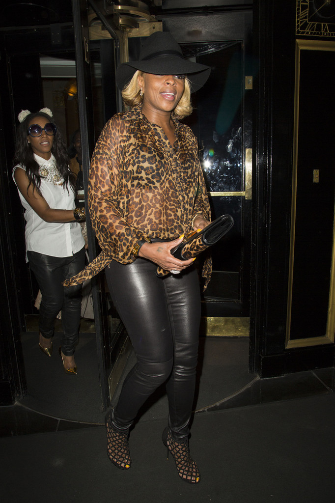 More Pics Of Mary J Blige Leather Pants 7 Of 11