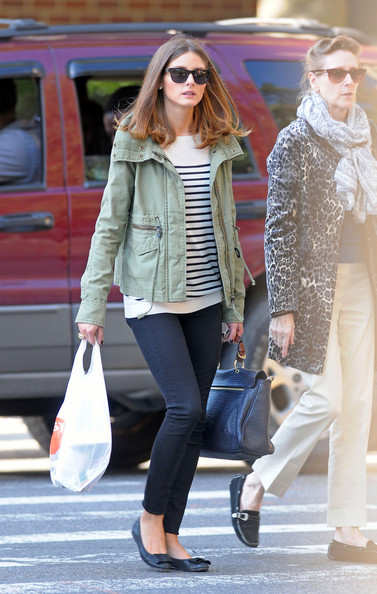 http://www1.pictures.stylebistro.com/pc/Socialite+Olivia+Palermo+spotted+out+mother+DCI1Vvh-b1Rl.jpg