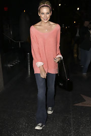 Stephanie Pratt paired her basic jeans with a scoop neck sweater.