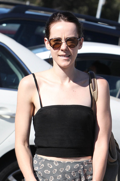 Jena Malone wore a pair of round(ish) shades while out on a sunny day in LA.