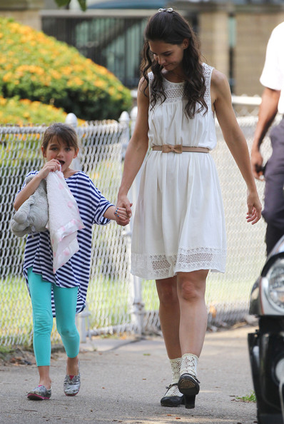 More Pics of Katie Holmes Day Dress (1 of 42) - Day Dress Lookbook - StyleBistro