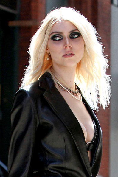More Pics of Taylor Momsen Leather Jacket (1 of 27) - Taylor Momsen Lookbook - StyleBistro