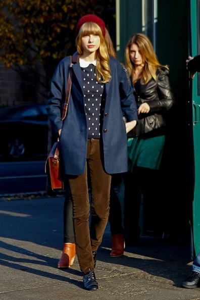 Taylor Swift Out and About in NYC 2
