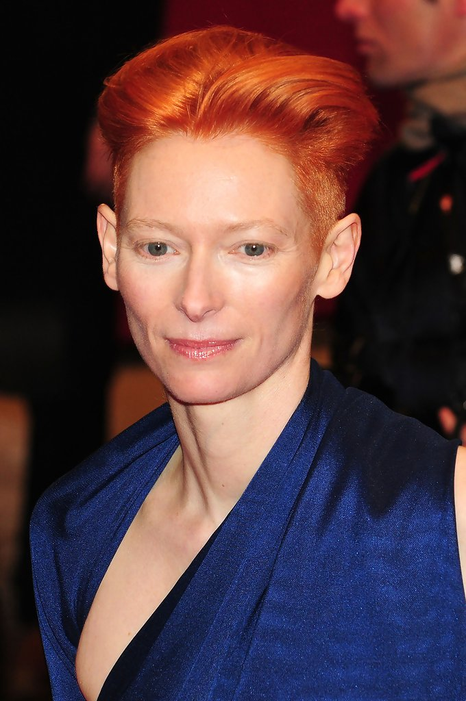 Tilda Swinton S Short Hairstyle Haute Hairstyles For