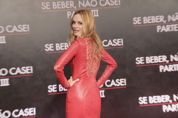 More Pics of Heather Graham Leather Dress (2 of 15) - Heather Graham Lookbook - StyleBistro