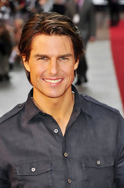 Tom Cruise showed off his sleek short cut while hitting the premiere of 'Knight and Day'.