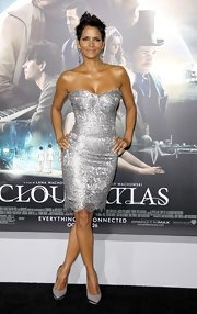 Halle Berry looked as spectacular as ever in this lace silver corset dress at the 'Cloud Atlas' premiere.