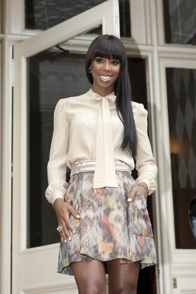 More Pics of Kelly Rowland Long Straight Cut with Bangs (5 of 11) - Kelly Rowland Lookbook - StyleBistro []