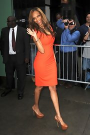 Tyra Banks arrived for an appearance on 'Good Morning America' wearing a pair of brown platform slingbacks.