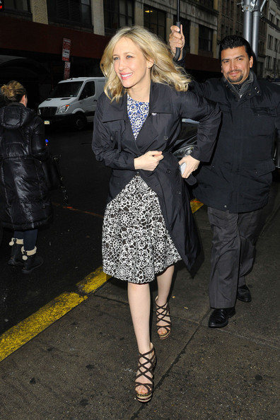 More Pics of Vera Farmiga Tweed Coat (1 of 8) - Vera Farmiga Lookbook - StyleBistro