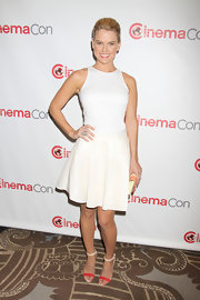 Alice chose a lovely fitted blouse to pair with a full skirt while attending the CinemaCon Opening Night in Las Vegas.