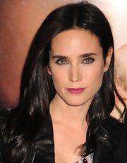 Jennifer Connelly showed off her dark berry lips while hitting the red carpet. She offset her look with bold liner on her upper lids.