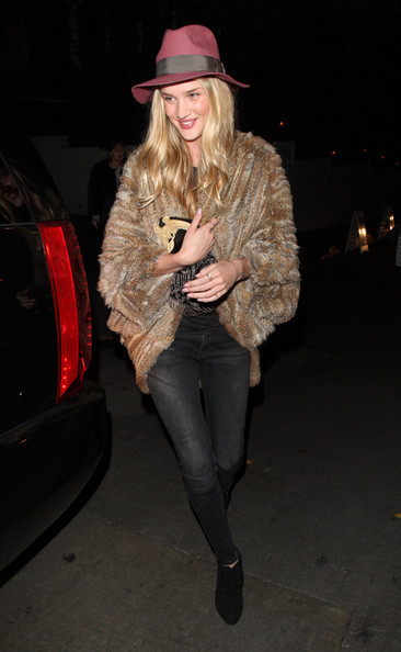 More Pics of Rosie Huntington-Whiteley Ankle Boots (4 of 11) - Rosie Huntington-Whiteley Lookbook - StyleBistro