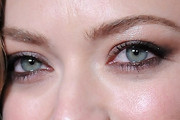 Amanda Seyfried Smoky Eyes
