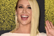 Anna Camp Shoulder Length Hairstyles