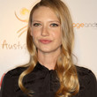 Anna Torv Long Side Part