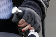 Ashlee Simpson Fingerless Gloves