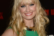 Beth Behrs Long Wavy Cut with Bangs