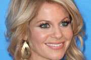 Candace Cameron Bure Medium Wavy Cut
