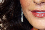 Catherine Zeta Jones Dangling Diamond Earrings