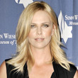 Charlize Theron Hair - Medium Straight Cut