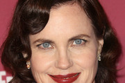 Elizabeth McGovern Short Curls