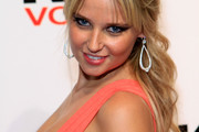 Genevieve Morton Long Wavy Cut with Bangs