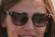 Jennifer Garner Modern Sunglasses
