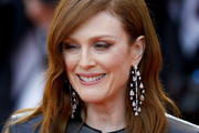 Julianne Moore Shoulder Length Hairstyles