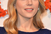 Katheryn Winnick Long Wavy Cut
