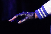 Keri Hilson Fingerless Gloves