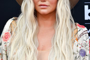 Kesha Long Hairstyles