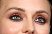 Laura Haddock Makeup