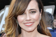 Linda Cardellini Long Hairstyles