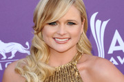 Miranda Lambert Long Wavy Cut with Bangs