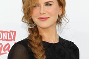 Nicole Kidman Rocks a Long Braid to Billboard Music Awards