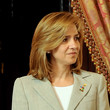 Princess Cristina Hair - Medium Straight Cut with Bangs