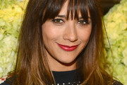 Rashida Jones Long Wavy Cut with Bangs