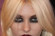Taylor Momsen Smoky Eyes
