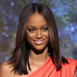 Tyra Banks Hair - Medium Straight Cut