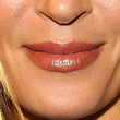 Uma Thurman Beauty - Nude Lipstick