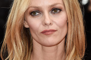Vanessa Paradis Shoulder Length Hairstyles
