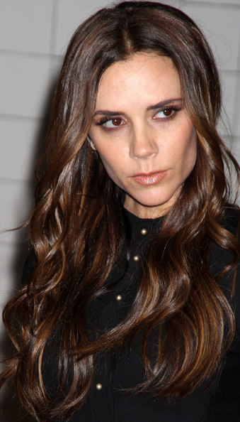 Victoria Beckham Hair - Long Wavy Cut