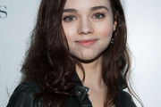 India Eisley Long Wavy Cut