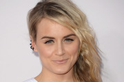 Taylor Schilling Side Sweep