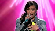 Gotta say, we loved Jessica Sanchez's metallic manicure.