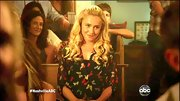Hayden Panettiere spread her wings on 'Nashville' in a lovely butterfly print blouse.