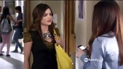 Lucy Hale brightened her hallway style with a lemon yellow hobo bag on 'Pretty Little Liars.'